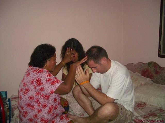 de retour la maison la maman de oa fait une prire pour nous souhaiter un mariage heureux - Priere Pour Un Mariage Heureux